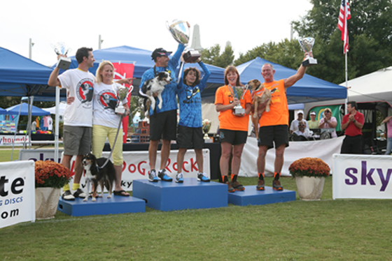 Disc-Connected K9s Team takes 1st, 2nd & 3rd at the Skyhoundz Pairs World Disc Dog Championships!!